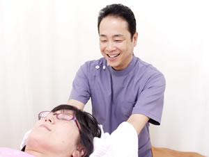 西尾市の、へいさか整体院の頭痛施術